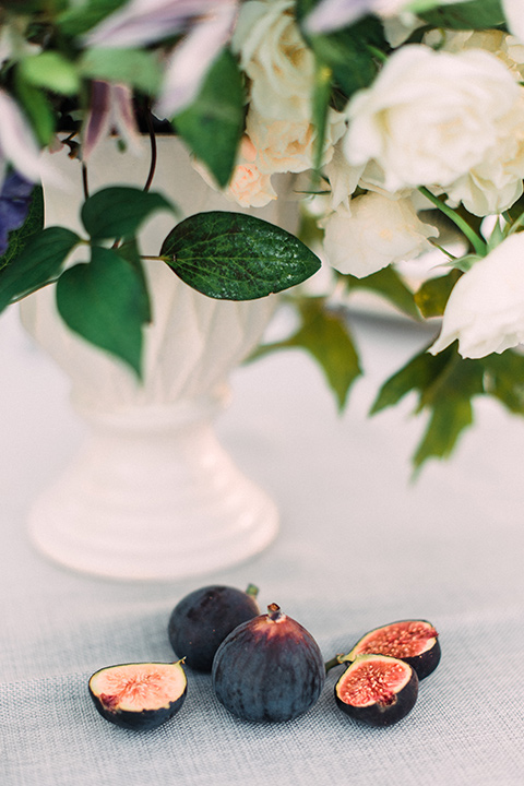 Inn-at-rancho-santa-fe-shoot-figs-on-table