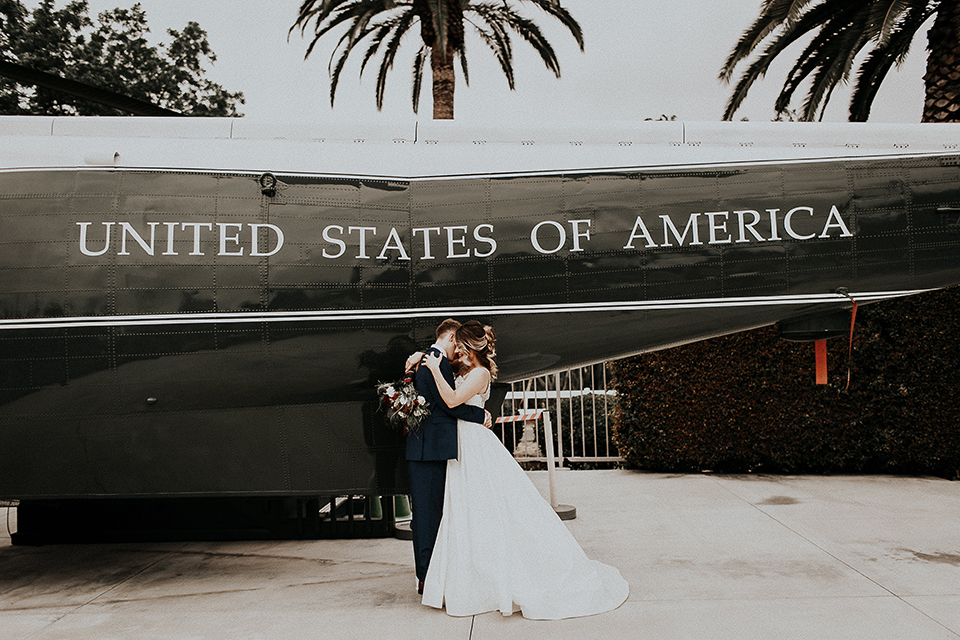 Orange-county-elegant-wedding-shoot-at-the-nixon-library-bride-and-groom-hugging