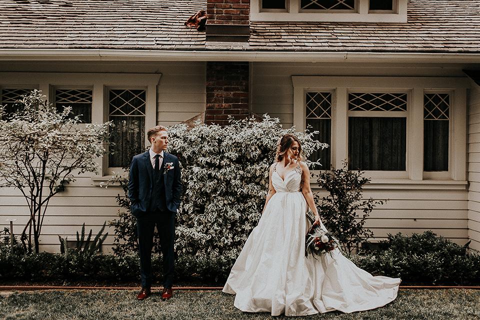 Orange-county-elegant-wedding-shoot-at-the-nixon-library-bride-and-groom-standing