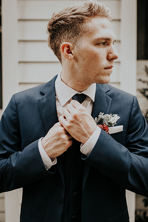 Orange-county-elegant-wedding-shoot-at-the-nixon-library-groom-blue-suit