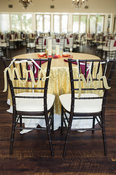 Autumn-inspired-wedding-at-coto-valley-country-club-reception-sweetheart-table