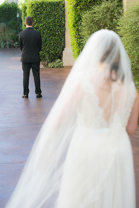 Balboa-bay-resort-wedding-bride-and-groom-first-look