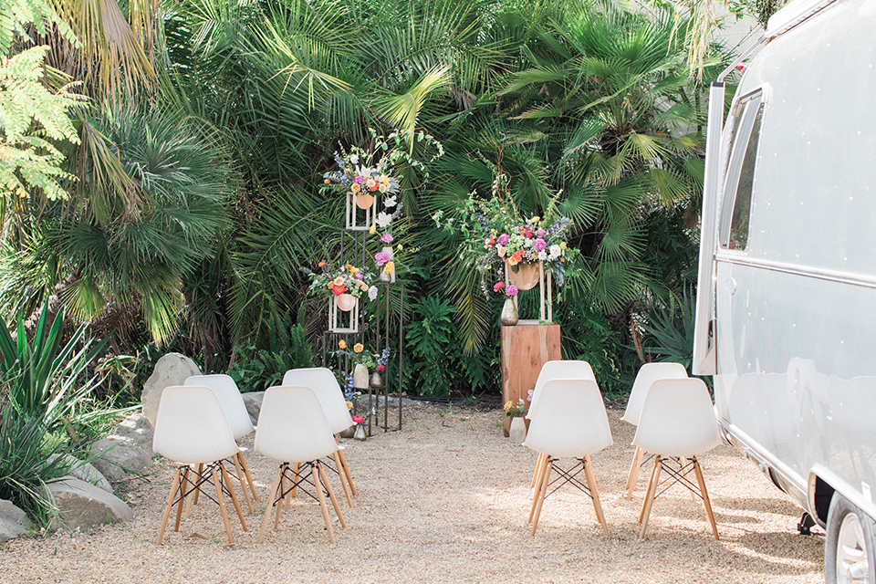 Caravan-outpost-outdoor-wedding-shoot-ceremony-set-up