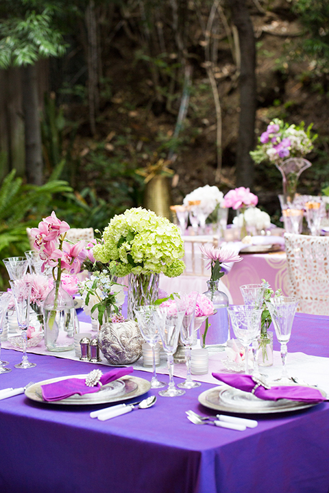 Los-angeles-wedding-shoot-table-set-up-with-flower-centerpiece