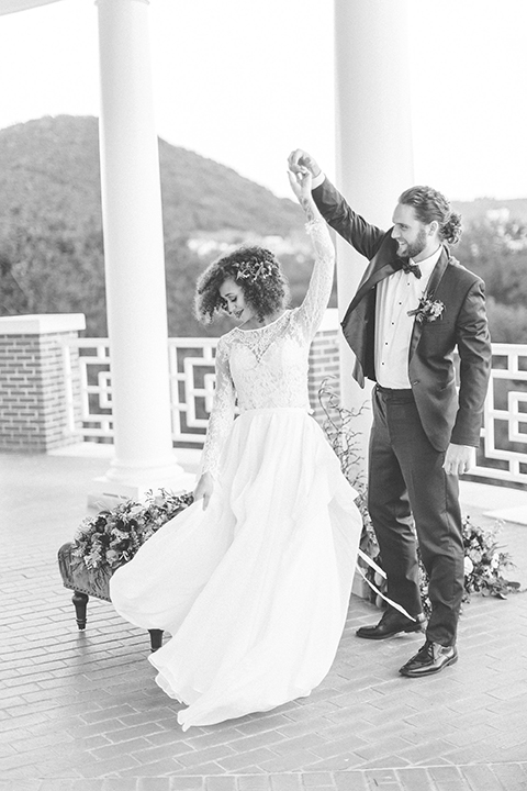 Colorful-bohemian-wedding-shoot-bride-and-groom-dancing