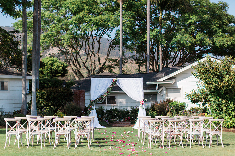 Santa-barbara-outdoor-wedding-ceremony-set-up