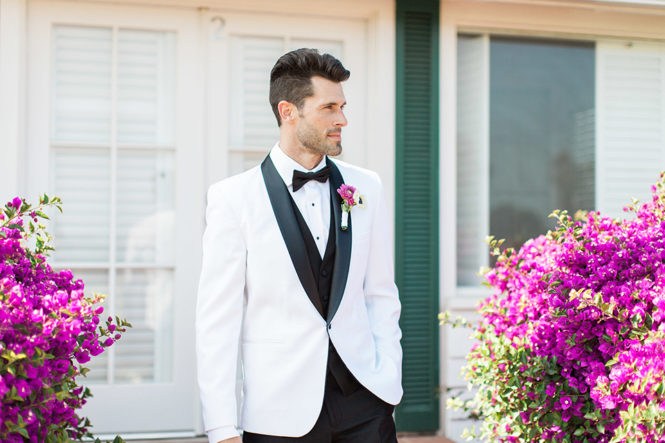 Santa-barbara-outdoor-wedding-groom-white-tuxedo-close-up