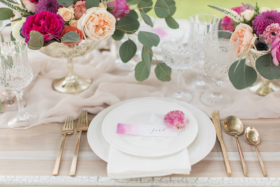 Santa-barbara-outdoor-wedding-table-set-up-with-place-setting