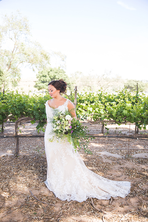 Santa-barbara-wedding-shoot-at-cottonwood-canyon-winery-bride-holding-bouquet