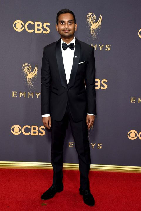 2017-emmys-aziz-ansari-black-tuxedo-with-black-bow-tie