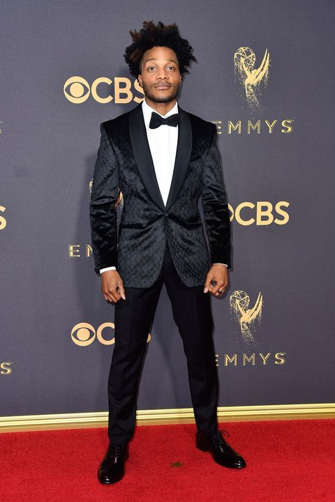 2017-emmys-jermaine-flower-black-patterned-tuxedo-with-black-bow-tie