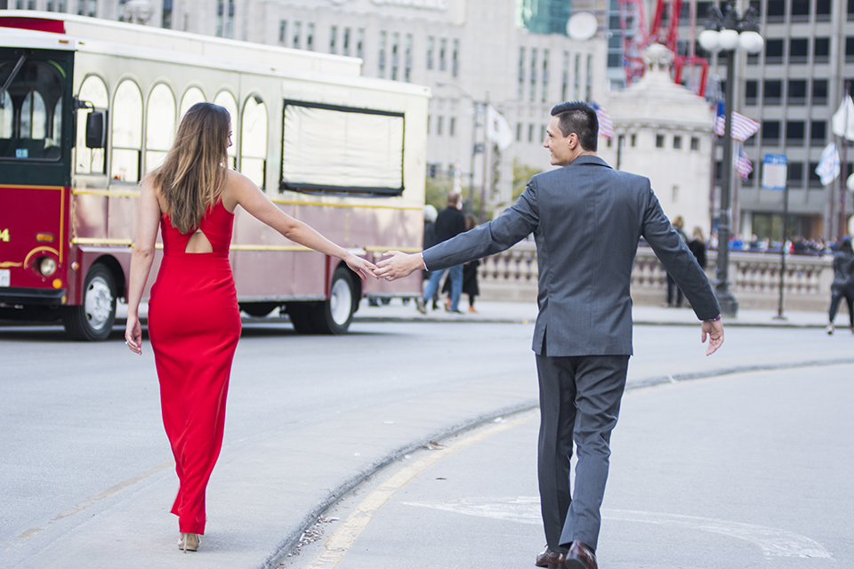 Chicago-outdoor-engagement-shoot-bride-and-groom-walking-and-holding-hands
