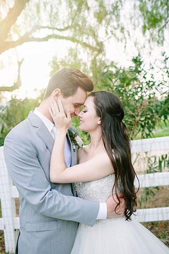 FairyTale-Wedding-Couple-Smiling