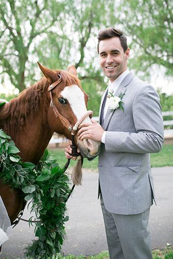 FairyTale-Wedding-Groom-With-Horse
