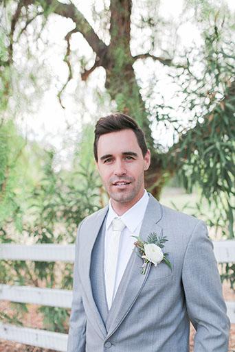 FairyTale-Wedding-Groom