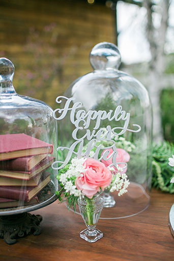FairyTale-Wedding-Happily-Ever-After-Sign