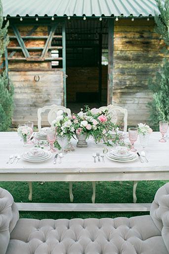FairyTale-Wedding-Table-Decor-2