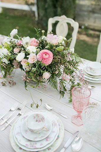 FairyTale-Wedding-Table-Decor-4