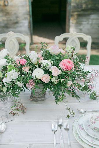 FairyTale-Wedding-Table-Decor