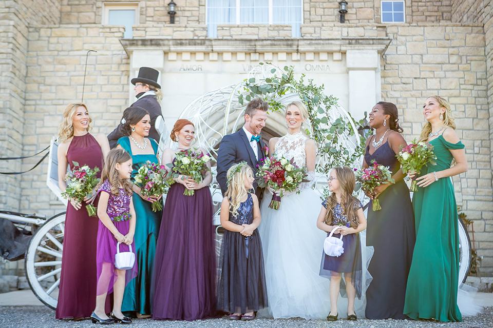 Fit-for-royalty-wedding-shoot-bride-and-groom-with-wedding-party