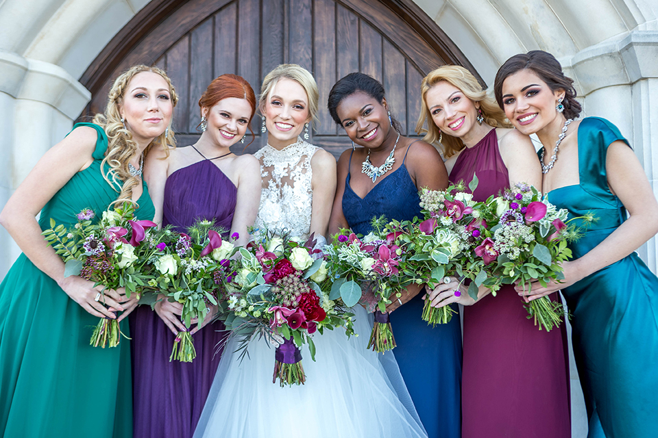 Fit-for-royalty-wedding-shoot-bride-with-bridesmaids