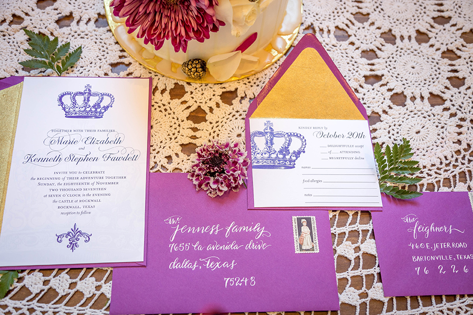 Fit-for-royalty-wedding-shoot-wedding-invitations