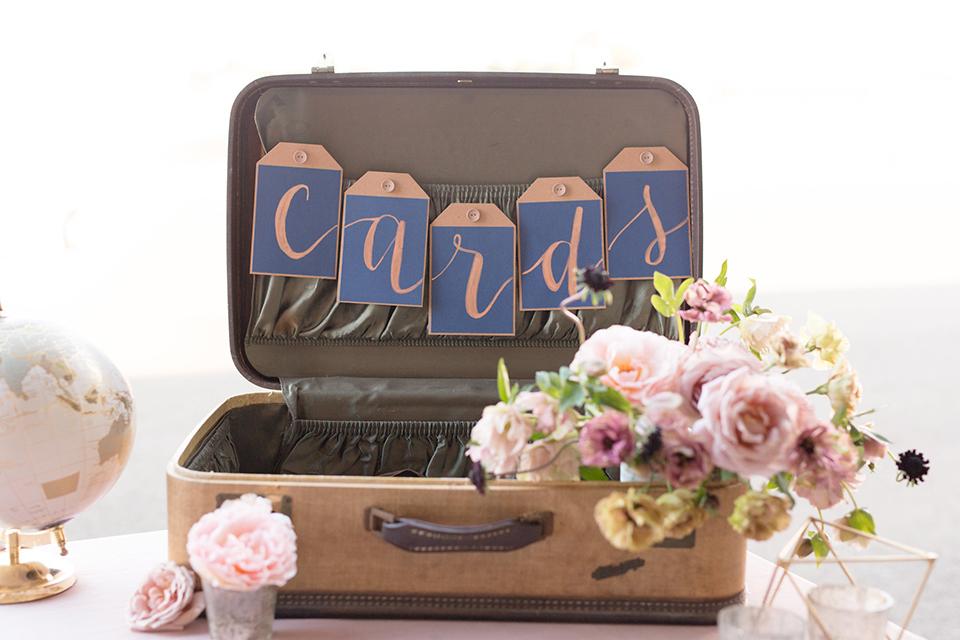 Orange-county-wedding-at-fullerton-hangers-table-set-up-card-box