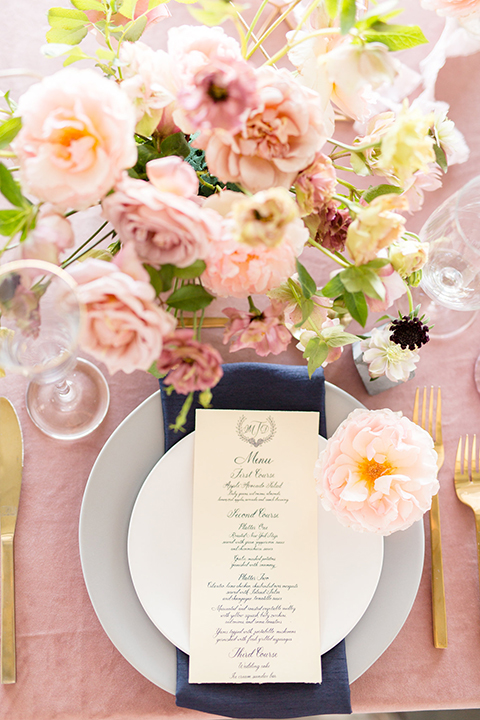 Orange-county-wedding-at-fullerton-hangers-table-set-up-place-setting