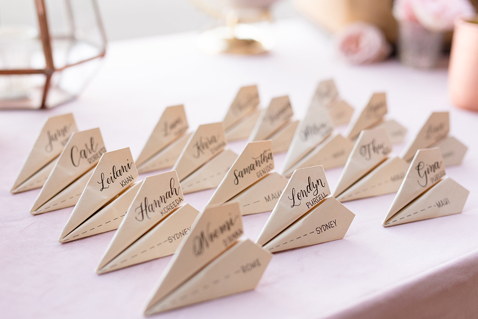 Orange-county-wedding-at-fullerton-hangers-table-set-up-placecards