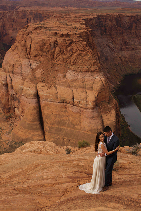 Grand-canyon-wedding-shoot-bride-and-groom-standing-outside