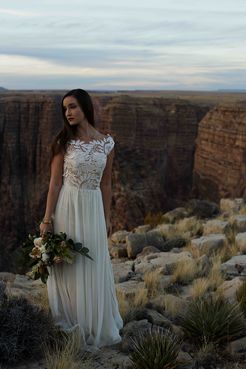 Grand-canyon-wedding-shoot-bride