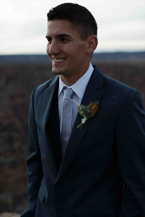 Grand-canyon-wedding-shoot-groom