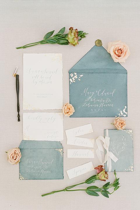 San-diego-outdoor-wedding-shoot-hawaiian-inspiration-wedding-invitations