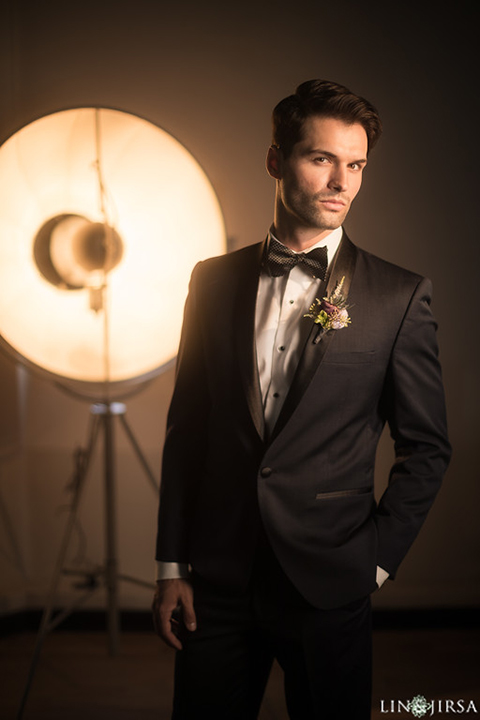 Los-angeles-wedding-shoot-hollywood-roosevelt-groom-black-tuxedo