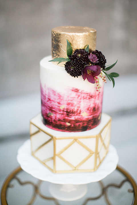 Long-beach-wedding-shoot-at-howl-wedding-cake-close-up