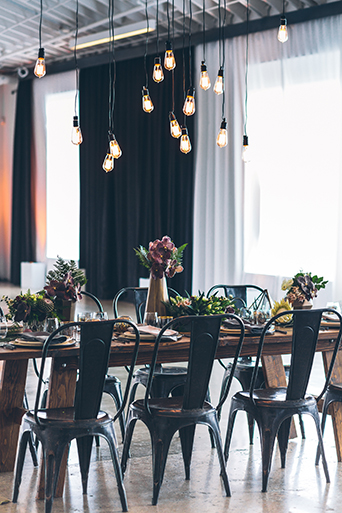 rustic-wedding-reception-inspiration-dining-table