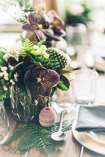 smashbox-wedding-rustic-succulent-centerpieces