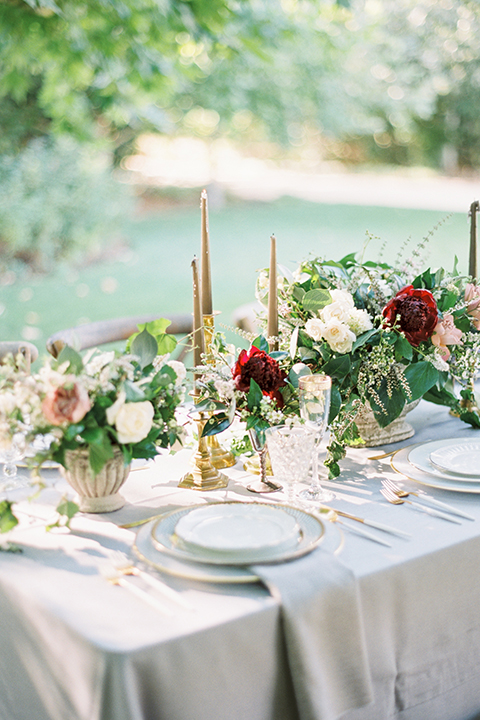 Santa-barbara-outdoor-wedding-at-kestrel-park-table-set-up-with-flowers