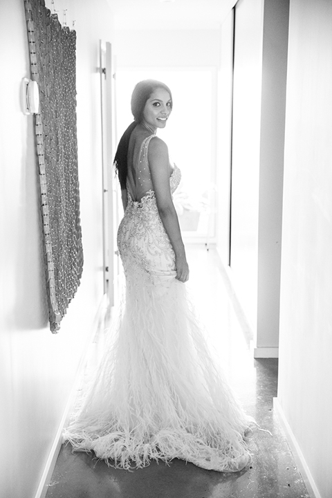 Los-angeles-wedding-shoot-bride-black-and-white-photo