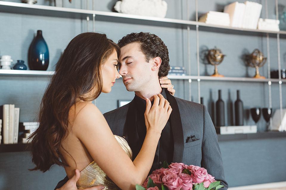 Los-angeles-wedding-shoot-in-santa-monica-bride-and-groom-hugging-close-up