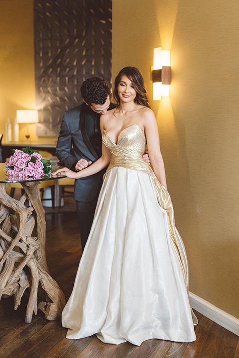 Los-angeles-wedding-shoot-in-santa-monica-bride-and-groom-hugging