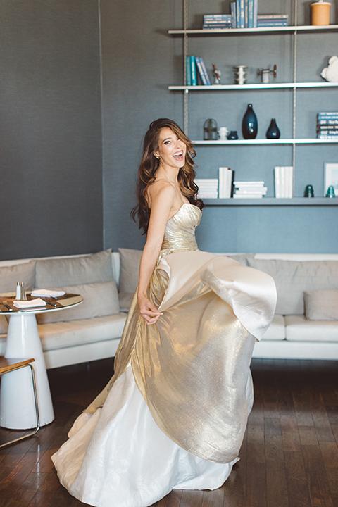 Los-angeles-wedding-shoot-in-santa-monica-bride-ballgown-spinning