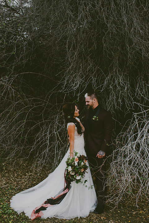 San-diego-outdoor-wedding-shoot-at-viejas-casino-and-resort-bride-and-groom-hugging