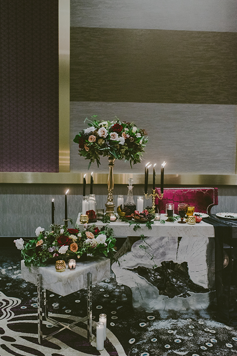 San-diego-outdoor-wedding-shoot-at-viejas-casino-and-resort-reception-table-set-up-with-flower-centerpiece-decor
