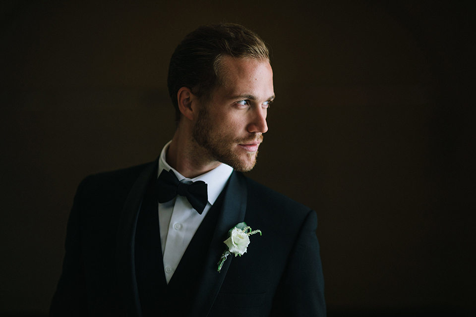 Los-angeles-wedding-at-the-majestic-groom-black-tuxedo-close-up