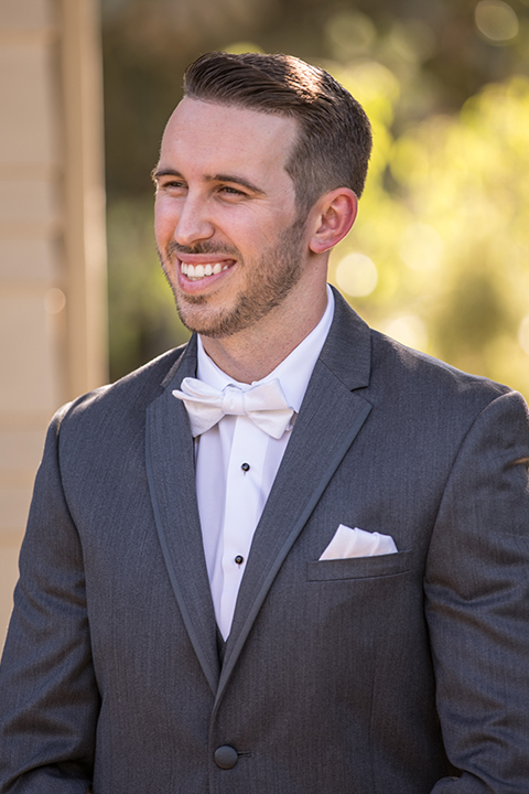 Orange-county-wedding-at-the-hamilton-oaks-winery-groom-charcoal-tuxedo-close-up