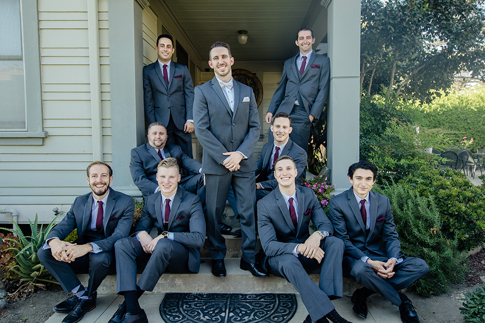 Orange-county-wedding-at-the-hamilton-oaks-winery-groom-with-groomsmen-sitting