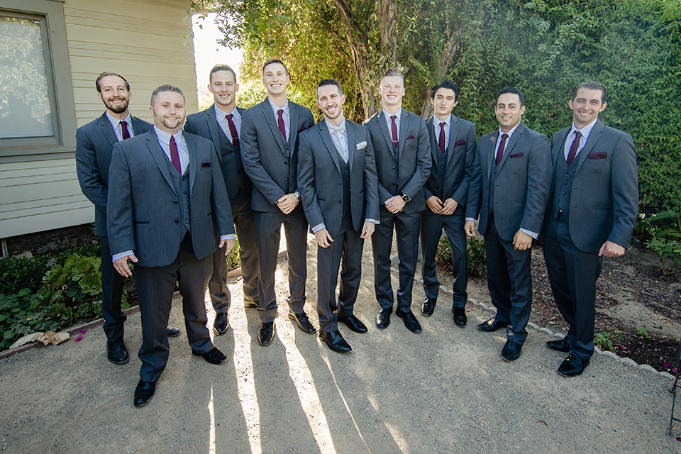 Orange-county-wedding-at-the-hamilton-oaks-winery-groom-with-groomsmen
