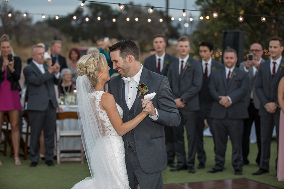 Orange-county-wedding-at-the-hamilton-oaks-winery-reception-bride-and-groom-first-dance