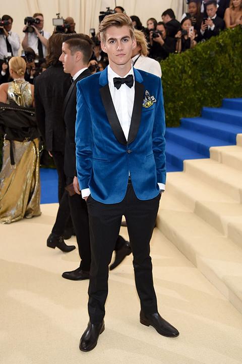 2017-met-gala-blue-tuxedo-suede